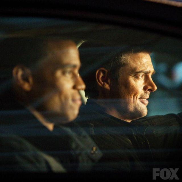 Dorian (Michael Ealy) and John Kennex (Karl Urban)