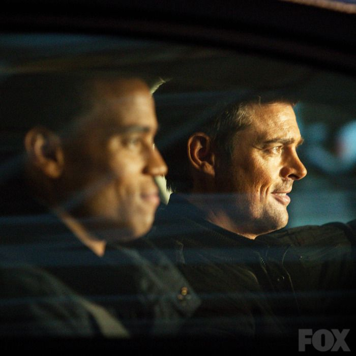 Dorian (Michael Ealy) and John Kennex (Karl Urban)