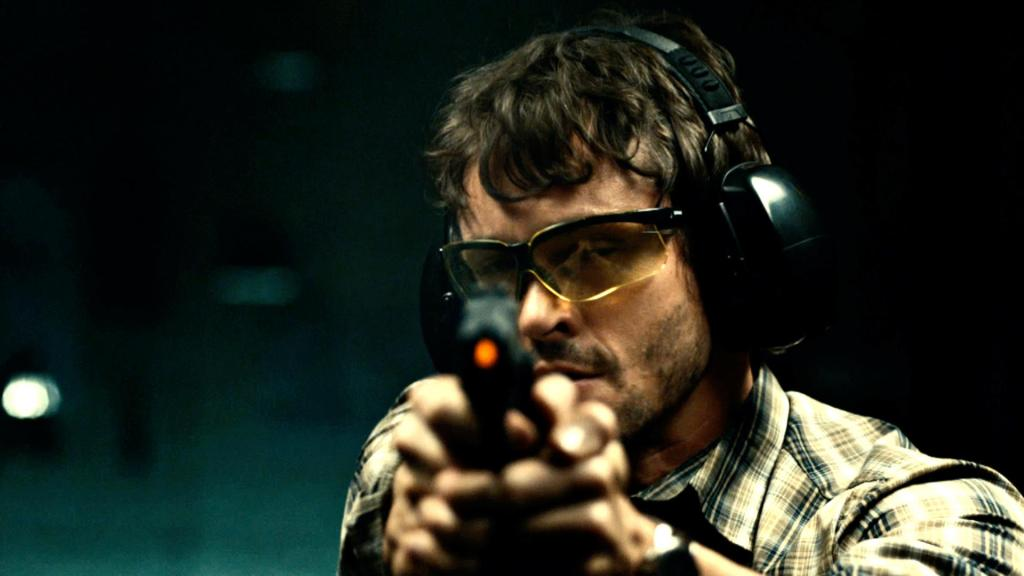 Will (Hugh Dancy) at the shooting range