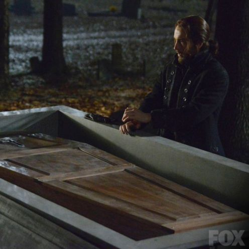 Ichabod (Tom Mison)
