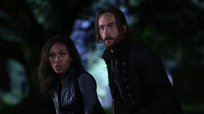 Abbie and Ichabod in 'The Kindred'