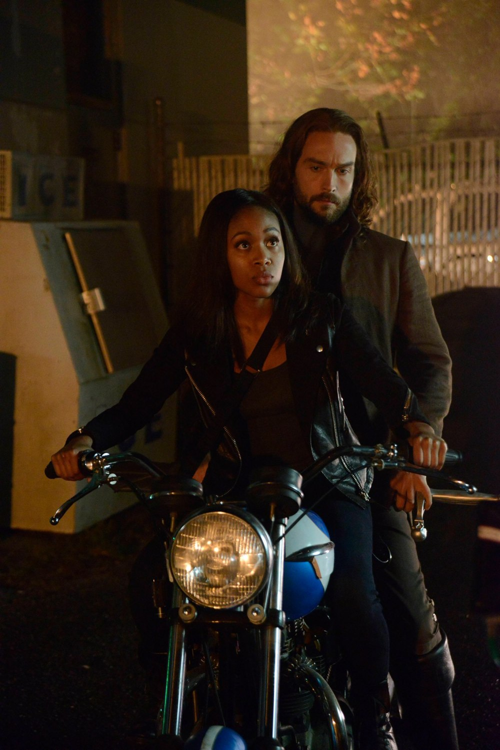 Sleepy Hollow fall finale 2014