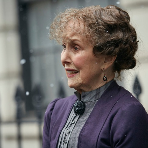 Sherlock The Abominable Bride Mrs Hudson exterior