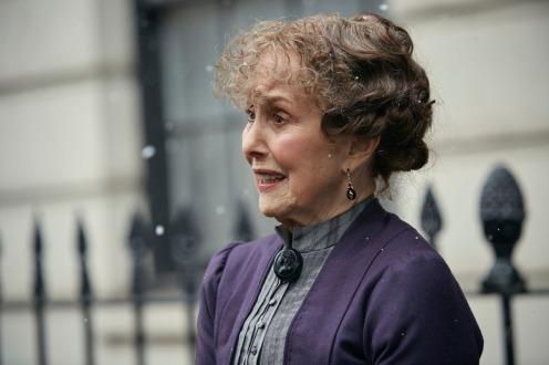 Sherlock The Abominable Bride Mrs Hudson exterior